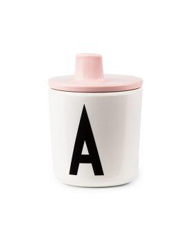 Design Letters Kids Lid pink 20202300 - Tappo beccuccio rosa per bicchiere in plastica Arne Jacobsen - Dtime shop