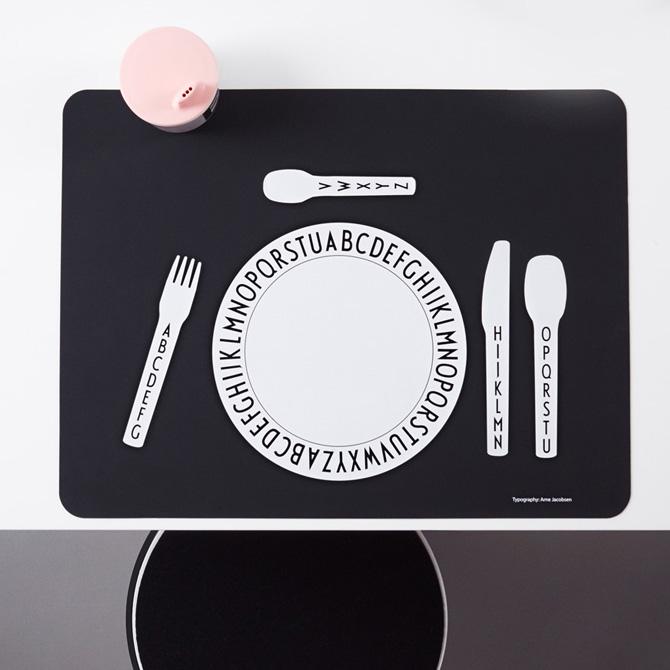 Design Letters Tavola bambini bicchiere piatto set posate - DTime