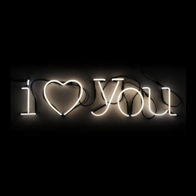lampada i love you neon art seletti shop online su dtime. Black Bedroom Furniture Sets. Home Design Ideas