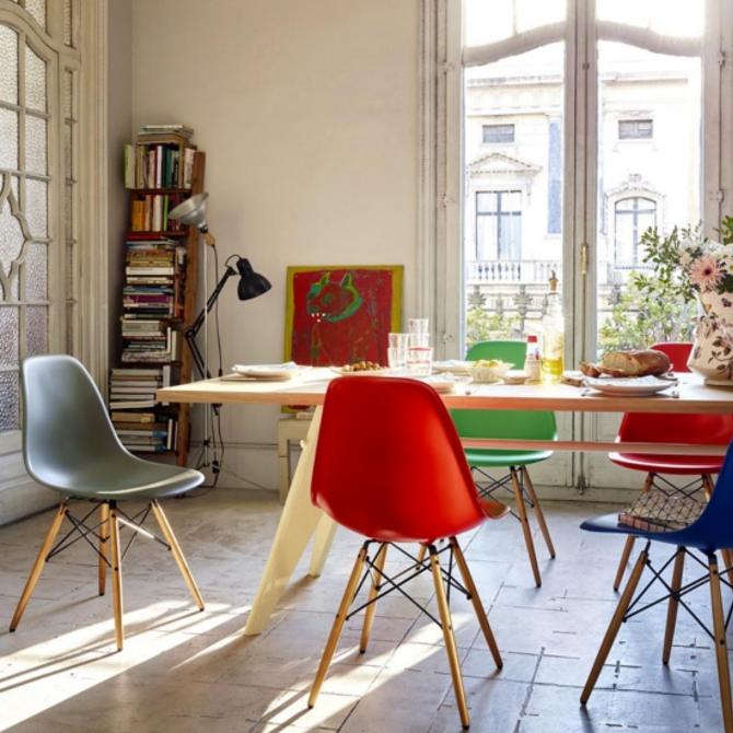 dsw eames plastic chair ambientata nella stanza