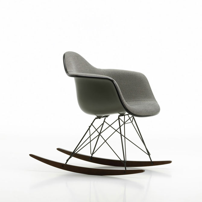 Eames-Plastic-Armchair-RAR-Spring-Promotion-mother-of-pearl