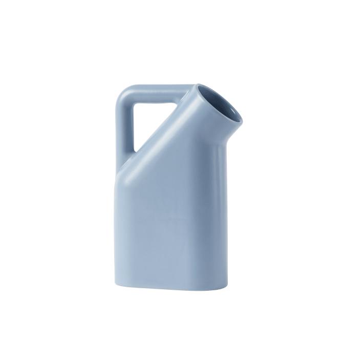 Tub-jug-pale-blue-Muuto-5000x5000-hi-res